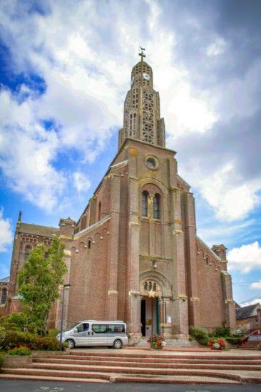 Cathédrale de Caudry église de caudry, enterrement et cérémonie religieuse